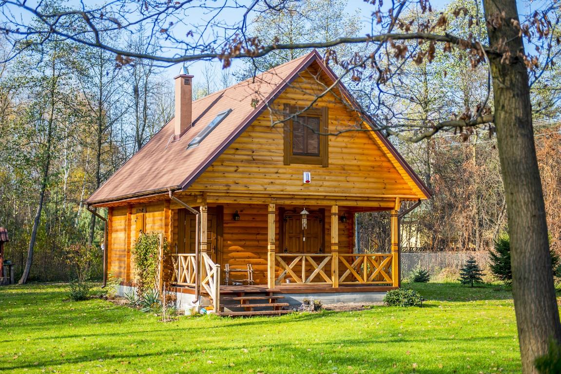 Praktyczne i efektowne domy drewniane
